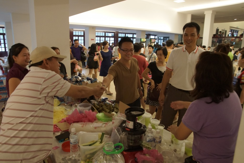人联青总团宣教秘书符祥威到场给予支持。